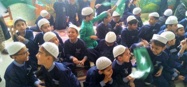 Pakistan Day celebration in Elementary (17)